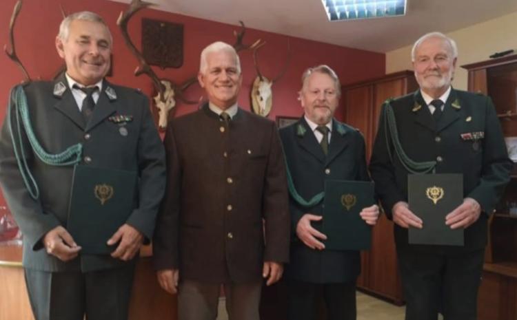 Wręczenie nominacji nowo wybranym członkom Zarządu PZŁ w Skierniewicach